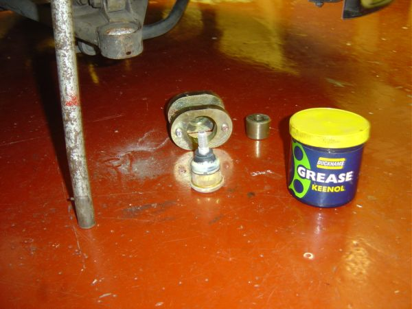 15. Greasing New Ball Joint Rubber.JPG